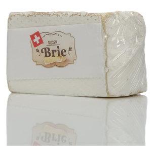 Сыр Бри Moser (Мосер) с массовой долей жира в сухом веществе 50%