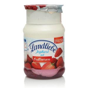 Йогурт безлактозный с клубникой TM Landliebe (Лендлиебе)