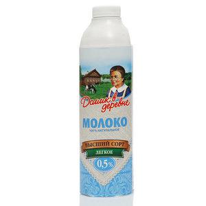 Молоко ультрапастеризованное 0,5% ТМ Домик в деревне