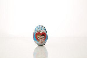 Шоколадные фигурные Яйцо с игрушкой Love is ТМ Сладкая сказка
