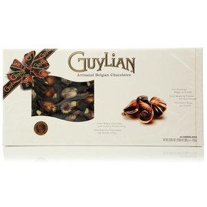 Шоколадные конфеты морские ракушки из горького, молочного, белого шоколада с начинкой пралине ТМ Guylian (Гульян)