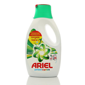 Жидкий порошок Горный родник для белого и цветного TM Ariel ( Ариэль)