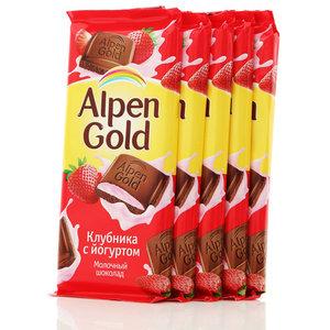 Шоколад молочный с клубнично-йогуртовой начинкой 5*90г ТМ Alpen Gold (Альпен Гольд)