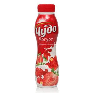Йогурт питьевой с клубникой и земляникой 2,4% ТМ Чудо